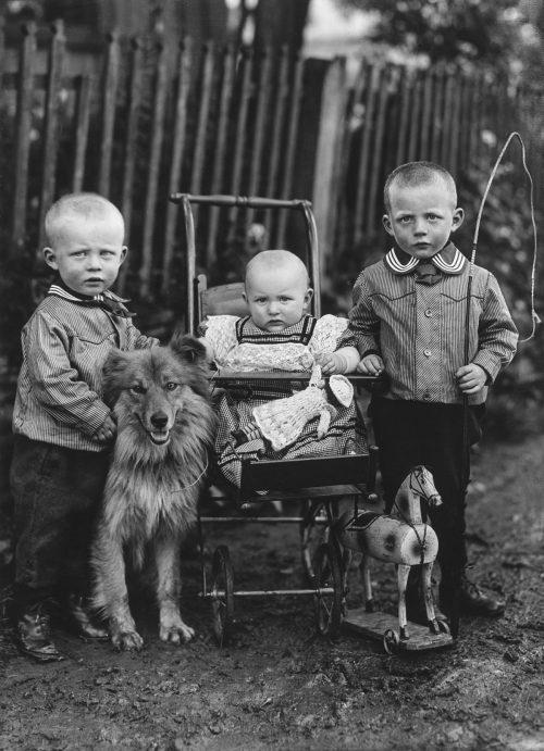 Barnen i en lantbrukarfamilj, 1913