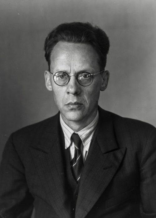 Plitiker och publicist (Otto Schmidt), 1930