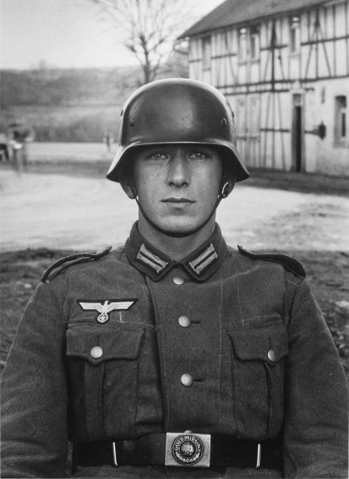 Soldat, 1940