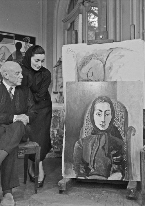 Edward-Quinn-Picasso-con-la-sua-sposa-Jacqueline-Roque-©-Edward-Quinn-VEGAP-Barcelona-2019-©-Sucesión-Pablo-Picasso-VEGAP-Madrid-2019