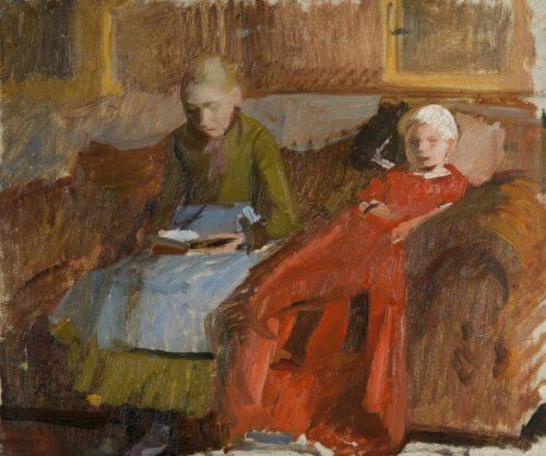 Interiör med mor och barn i soffa.